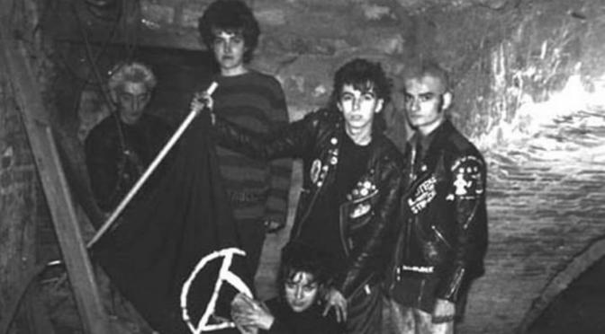 """""""Repressi sul palco ma in realtà…"""" – Comunicato dei/delle RAF Punk,1982"""